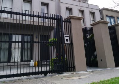 Automatic Sliding Gates Melbourne | Lockfast Fencing