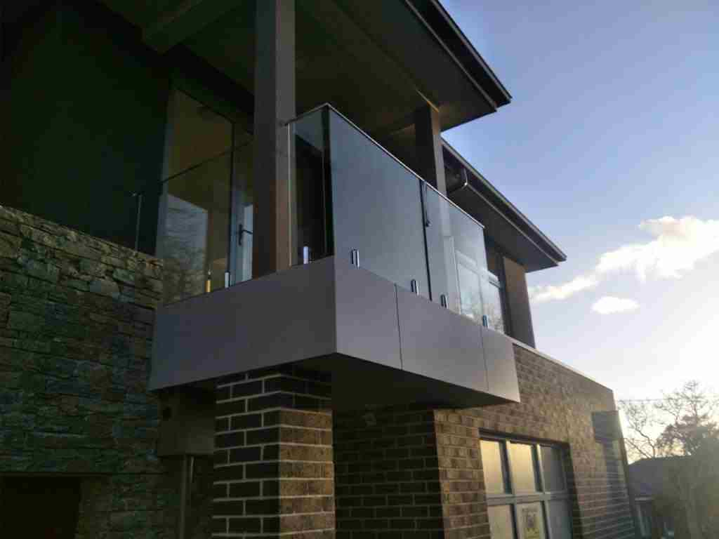 Glass/Steel Balustrades & Balcony Railings