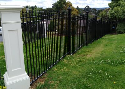 Custom Built Fencing Melbourne | Lockfast Fencing