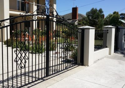Steel Fencing and Gates Melbourne | Lockfast Fencing